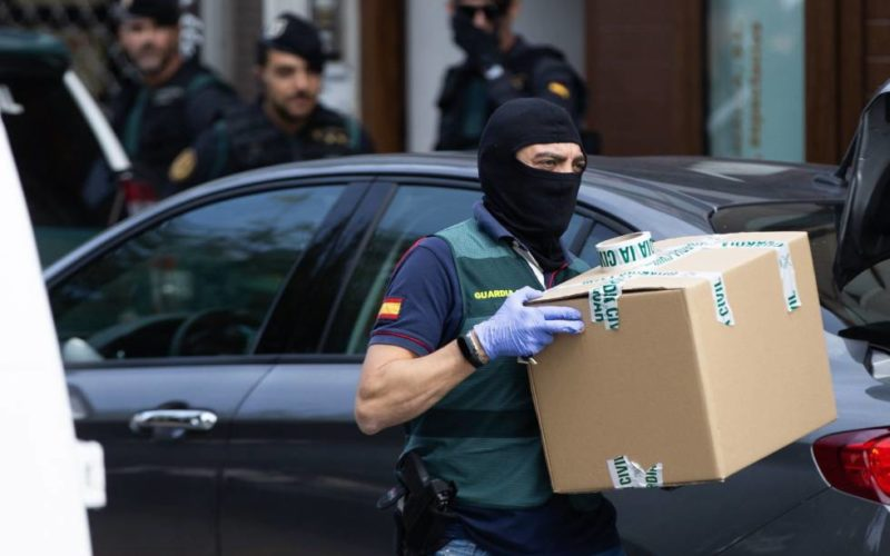 Arrested 7 Catalans