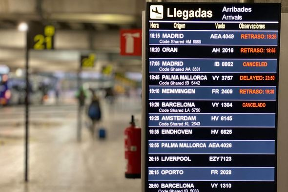 Passengers Reported Being Sent Back To Manchester From Alicante Airport 2980390